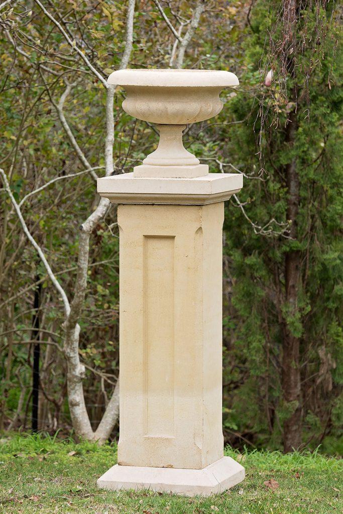 Pedestals 12 Series