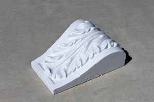 Acanthus Keystone base: 150mm top: 230mm height: 270mm depth: 95mm