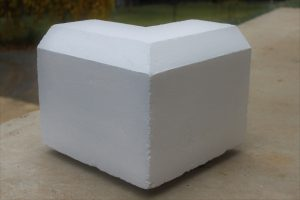 Bevelled Plinth External Corner