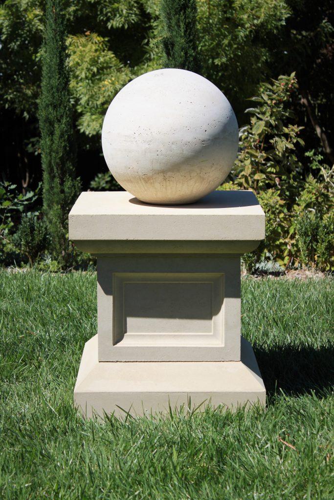 Hinton Pedestal